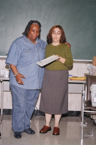 NMIAI Jun 09 Graduation: Leslie Wohlfeld presenting a certificate to Myra Shell for completing the Digital Camera Class.